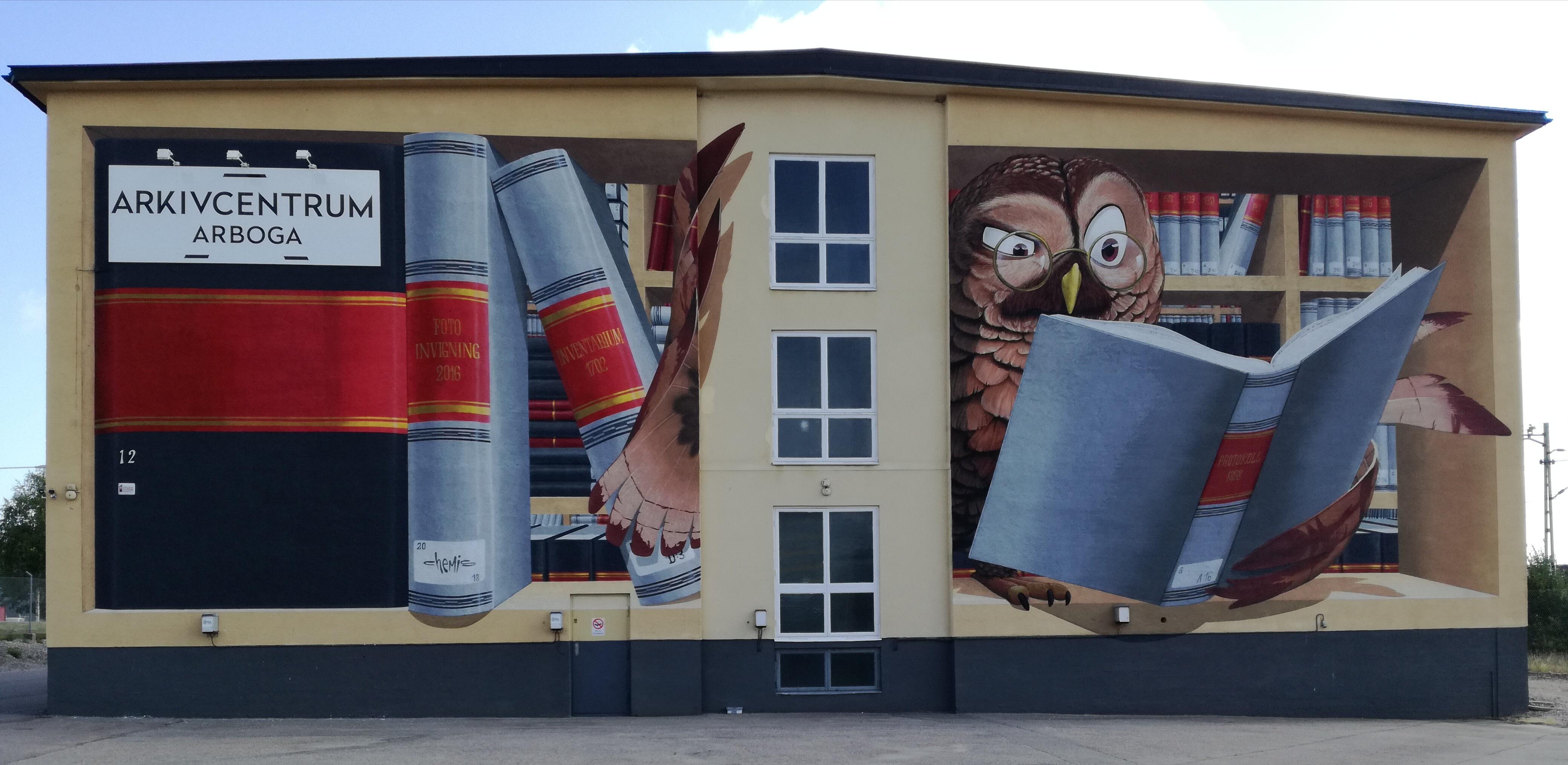 Muralmålning på Arkivcentrum Arboga